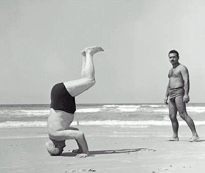 Bengurion_headstand